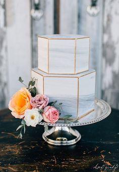 Wedding Trends : Marble Wedding Cakes #modernweddingcakes