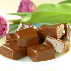 Chocolate Caramels  (Easy; Yields: 36 servings) #homemade #chocolate #caramels