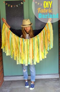 How to make an easy fabric garland. Quick DIY fabric strip garland for baby showers and home decor. Fabric Strip Garland, Fabric Strips, Fabric Strip Curtains, Little Miss Momma, Sewing Projects, Craft Projects, Diy Girlande, Diy And Crafts, Arts And Crafts