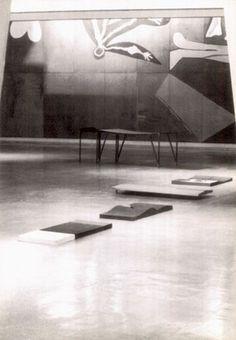 Momoli_Installazione-Espace Picasso-palazzo Unesco-Parigi1991 Picasso, Palazzo, Contemporary, Rugs, Home Decor, Farmhouse Rugs, Decoration Home, Room Decor, Home Interior Design