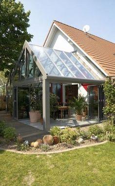 Ein Wintergarten Erlaubt Dank Rundum Verglasung Einen Freien Blick In Den  Garten U2013 Und Das
