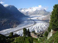 Aletschgletscher - the largest glacier in the Alps / Switzerland