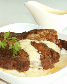 Dilled Pot Roast) with Sour Cream Gravy