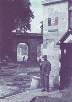 Soldat in Paris, 1940