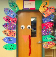 We_Are_Teachers_Fall_Bulletin_Board_Turkey
