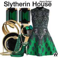 Inspired by Slytherin House from the Harry Potter franchise. Inspired by Slytherin House from the Harry Potter franchise. Mode Harry Potter, Harry Potter Dress, Harry Potter Style, Harry Potter Outfits, Slytherin Clothes, Slytherin House, Slytherin Pride, Hogwarts Outfit, Slytherin Aesthetic