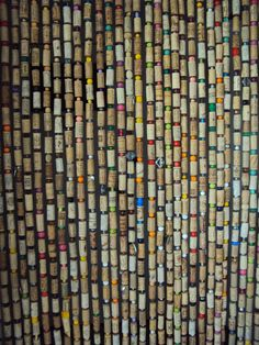 This kind of bead curtains is surely an inspiring and brilliant idea Wine Cork Projects, Wine Cork Crafts, Beaded Curtains, Diy Curtains, Drapes And Blinds, Wine Bottle Corks, Cork Art, Custom Drapes, Upcycled Crafts