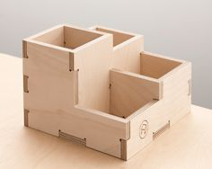 Desk Tidy by Scarlett San Martin Routeur Cnc, Cnc Wood, Plywood, Cnc Projects, Woodworking Projects, Woodworking Plans, Iq Puzzle, Collapsible Laundry Basket, Desk Tidy