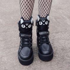 Keiko Kitty High Tops [B] - Pastel Goth ♡ Pastel Grunge - Schuhe Fashion 90s, Tokyo Street Fashion, Teen Fashion Outfits, Kawaii Fashion, Cute Fashion, Fashion Shoes, Sneakers Fashion, Shoes Sneakers, Kawaii Shoes