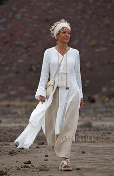 White linen side slit summer tunic with long sleeves and sarouel skirt