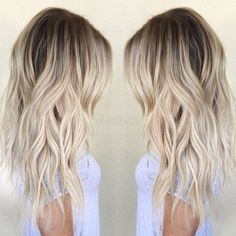 Are you familiar with Balayage hair? Balayage is a French word which means to sweep or paint. It is a sun kissed natural looking hair color that gives your hair . Ombré Hair, New Hair, Curly Hair, Tousled Hair, Hair Gel, Balayage Blond, Balayage Hairstyle, Baylage Blonde, Bronde Hair Dark
