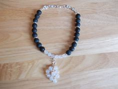 Frosted black agate and white agate choker necklace £10.00
