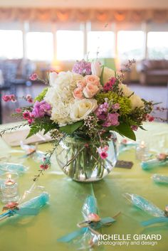 Shuttled #wedding #venue tour hosted by Bowties and Butterflies Event Planning. The Bride's Bash. Venue: The Log Cabin, Holyoke MA. Flowers by #Durocher Florist