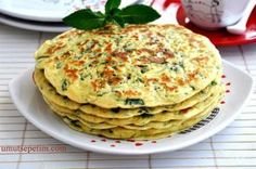 When I opened the fridge to get eggs to make pancakes for breakfast at the weekend, the spinach that caught my eye . Breakfast Items, Breakfast Recipes, Spinach Pancakes, Kids Meals, Easy Meals, Turkish Breakfast, Greek Cooking, Cookery Books, Sandwiches