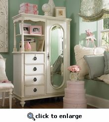 Love these colors for a little girl's room.