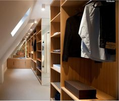 Dressing room under roof slope