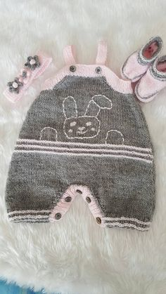 Check out this item in my Etsy shop https://www.etsy.com/uk/listing/508805972/beautiful-hand-knitted-baby-rabbit
