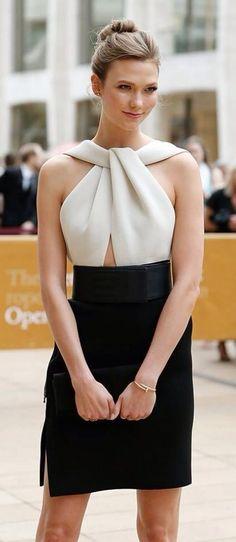 #street #style Karlie Kloss the classy way @wachabuy