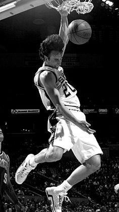 Manu Ginobili, Spurs Fans, David Robinson, Basketball Photography, Sport Icon, Wnba, San Antonio Spurs, Sports Pictures, Nba Players