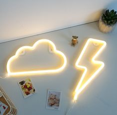 Thunder and Cloud Light Combo to make all your girly dreams glow bright and clear. Neon Room Decor, Neon Lights Bedroom, Neon Sign Bedroom, Cute Room Decor, Cute Room Ideas, Light Bedroom, Wall Decor, Bedroom Signs, Retro Bedrooms