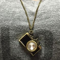 Cute Retro Vintage Camera Necklace Brand New & Comes Packaged. All orders will ship the same day! 72 cm Jewelry Necklaces