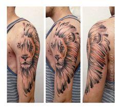 Julia Rehme - Tattooartist love this Lion!