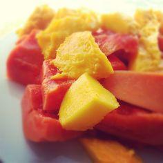 Papaya and mango for breakfast!
