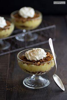 Pudding danés de manzana o Æblekage. Receta fácil de postre para preparar sin horno