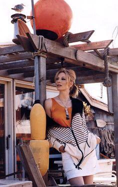 Cate Blanchett by Gilles Bensimon, 2003