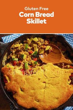Looking for a homemade skillet recipe? Try out the Corn Bread Skillet that has awesome aroma and flavor. The best of Beef Dinner Recipes and skillet recipes. Gluten Free Cornbread, Skillet Cornbread, Cornbread Mix, Beef Recipes For Dinner, Delicious Dinner Recipes, Skillet Recipes, Skillet Meals, Corn Bread, Family Meals