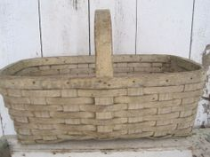 Old Original Putty Color Paint Wonderful Handle BASKET American Country