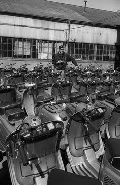 Dutch photojournalist Wim Dussel's 1950s visit to a Fuji plant. See more of his amazing work here: http://www.flickr.com/photos/iisg/collections/72157622841690896/