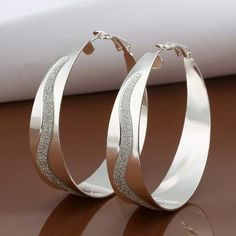 HMILYDYK Fashion Classic Jewelry 925 Sterling Silver Plated Dangle Big Hoop Earrings -- Many thanks for visiting our image. (This is our affiliate link) Chain Earrings, Round Earrings, Silver Hoop Earrings, Bracelets Design, Bracelets Fins, Jewelry Accessories, Women Jewelry, Fashion Jewelry, Fashion Accessories