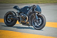BMW R nine T Custom Project / Highway Fighter, Cherry's Company