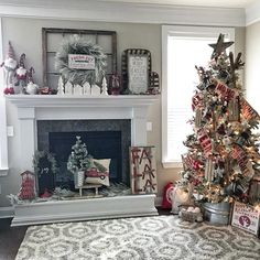 Farmhouse Christmas inspiration via Coastal Crafty Mama! Rustic elements of reclaimed wood, sleds, and a beautiful flocked tree combine perfectly with pops of red to create a festive farmhouse look! Diy Christmas Fireplace, Christmas Signs Wood, Farmhouse Christmas Decor, Christmas Mantels, Rustic Christmas, Christmas Wreaths, Elegant Christmas Trees, Christmas Decorations To Make, Holiday Decorating