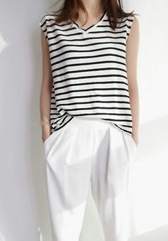 Black and white striped casual #minimal #chic #style