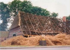 thatching time in Tarmstedt