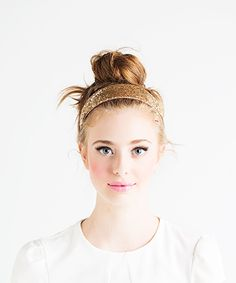 headband + bun // cute combo