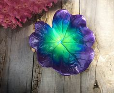 Jewelry dish or catchall bowl on driftwood stand - Concrete cast leaf in tropical colors