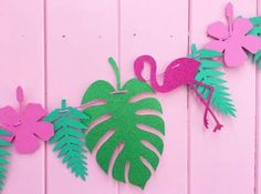 Flamingo Bunting – Tropical Party Decor Banner – Pink and Green Garland Flamant rose guirlande guirlande de fanions Tropical Party Pink Flamingo Party, Flamingo Decor, Flamingo Birthday, Aloha Party, Luau Party, Beach Party, Tropical Party Decorations, Tropical Decor, Tropical Interior