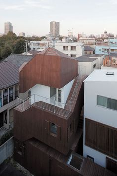 JA+U : 28th Shinkenchiku Award Winners: Double Helix House + Small House © Shinkenchiku-sha