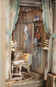 Bluette Meloney| The Russian Salon