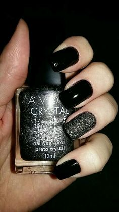 Nail design ideas for Christmas and New Years - nail design-black-nail polish-silver-glitter-gel nail-manicure Informations About Nageldesign Ideen - Black Nail Designs, Nail Art Designs, Nails Design, Nail Manicure, Toe Nails, Nail Polishes, Stiletto Nails, Gel Nail, Acrylic Nails