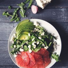 I'm pretty sure this is what sunshine tastes like...☀️Grapefruit and avocado salad. #healthy