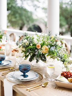 This Family-Focused Wedding Weekend Included a Southern Brunch and Reception Cruise Ashley Brown, Summer Centerpieces, Brunch Table, Isle Of Palms, Wedding Weekend, Rehearsal Dinners, Light Photography, Maid Of Honor, Newlyweds