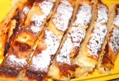 Bécsi tejben sült rétes Cookie Desserts, Cookie Recipes, Dessert Recipes, Croatian Recipes, Hungarian Recipes, Hungarian Food, Strudel, My Recipes, Favorite Recipes