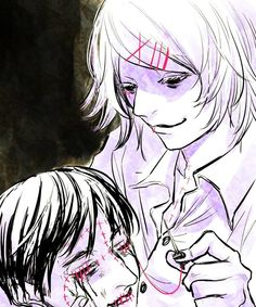 Juuzou being horrible nice to someone , he is even decoreing someones face . how nice <3 - Juuzou Suzuya and some random guy