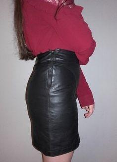 Kup mój przedmiot na #vintedpl http://www.vinted.pl/damska-odziez/spodnice/18157312-czarna-skorzana-spodnica