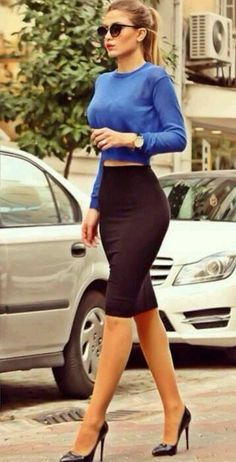 Work outfit Long sleeve blue crop top and black pencil skirt Mode Outfits, Fashion Outfits, Womens Fashion, Fashion Trends, Fashion Heels, Ladies Fashion, Heels Outfits, Runway Fashion, Women's Skirts Outfits