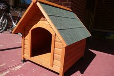 Dog kennel in perfect condition. Suit medium sized dog. Timber kennel with green pitched roof. From Bunnings. $70.00 Size 800mm (H) 650mm (W) 730mm(D)